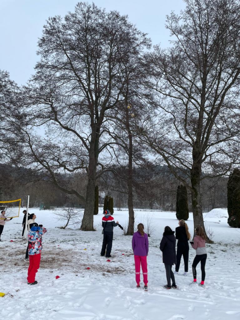 Partie de Snow Volley à Saint-Dié